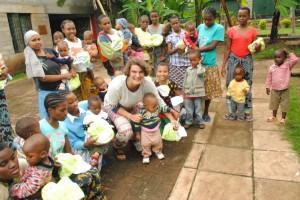 Glade børn og voksne i Tanzania - tak for hjælpen!